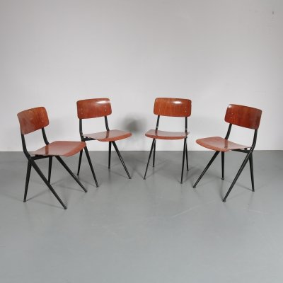 Set of 4 Pagholz dining / school chairs by Mark, The Netherlands 1960s