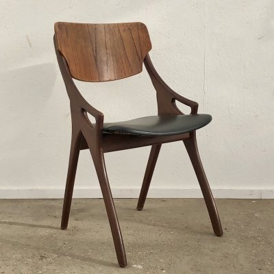 4 dining chairs by Arne Hovmand Olsen