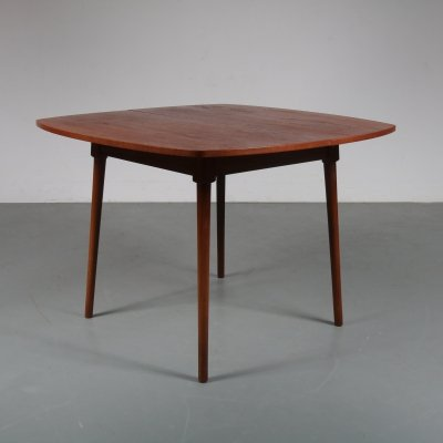 Extendible square dining table, the Netherlands 1950s