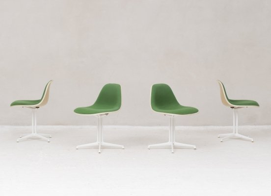 Set of 4 Classic La fonda dining chairs by Charles & Ray Eames, US 1960s