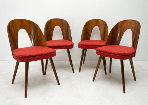 Set of 4 Mid century walnut dining chairs by Antonín Šuman for Tatra Nábytok, 1960s