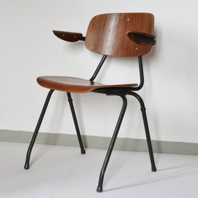 Model 315 stacking chair by Kho Liang Ie for CAR Catwijk