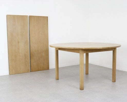 Large extendable dining table in oak by Kurt Østervig for KP Møbler, DK 1960s