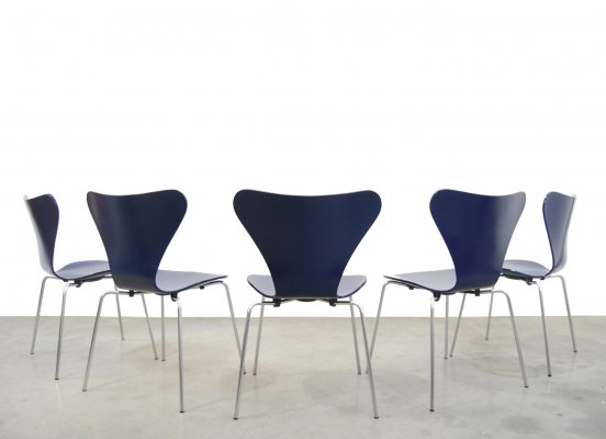 Vintage design butterfly chairs by Arne Jacobsen for Fritz Hansen, Denmark 1969