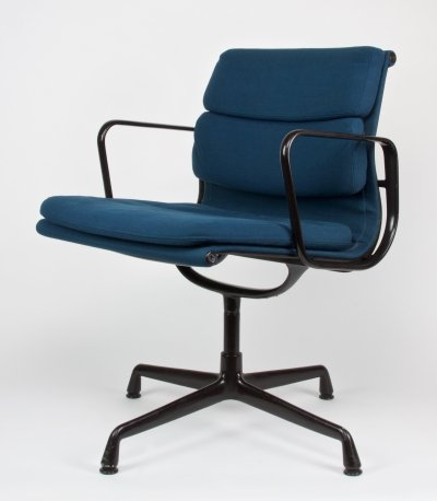 Black lacquered aluminium 'Model EA 207' chair by Charles & Ray Eames, 1969