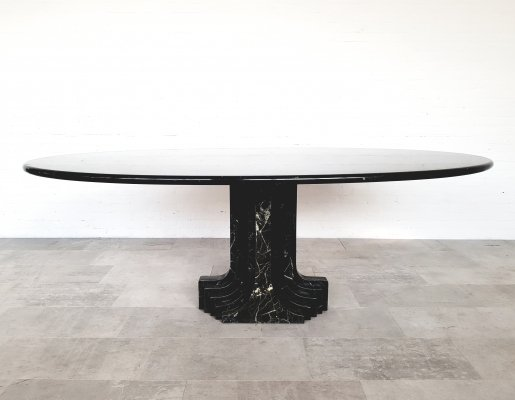 Black marble 'Samo' dining table by Carlo Scarpa, 1970s
