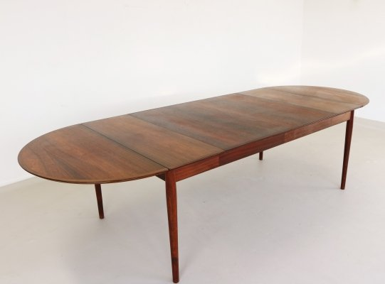 Arne Vodder 'Model 227' dining table with four extensions