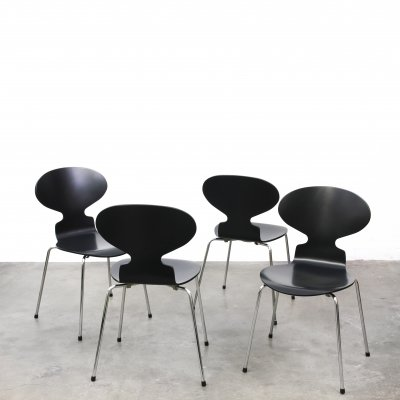 Set of 4 Ant dining chairs by Arne Jacobsen for Fritz Hansen, 1950s