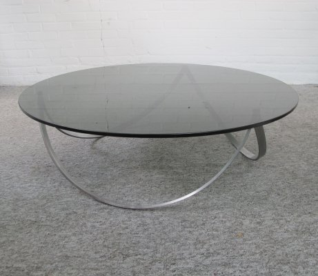 Scandinavisch round coffee table with smoked glass, 1960s