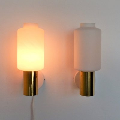 Set of 2 glass & brass wall lights for Fagerhults, Sweden 1960's