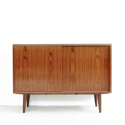 Danish small sideboard in rosewood by Hundevad, 1960s