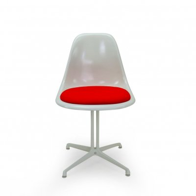 Vintage Eames Side Chair with la Fonda Base