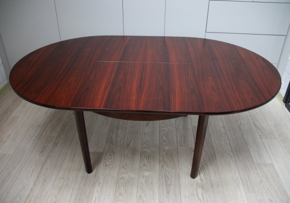 Dining table in rosewood with 2 integrated extension leaves, Denmark 1960's