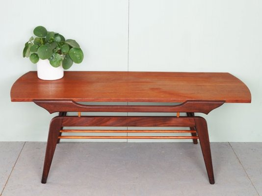 Vintage coffee table with reversible table leaf, 1960's
