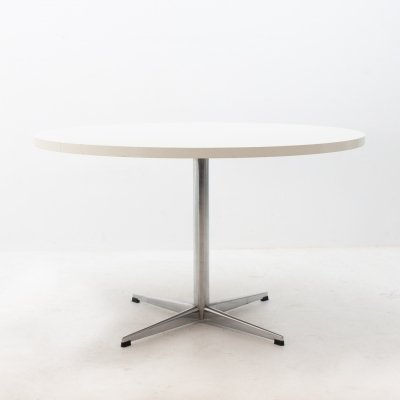 Round laminated dining table by Pastoe, 1970s