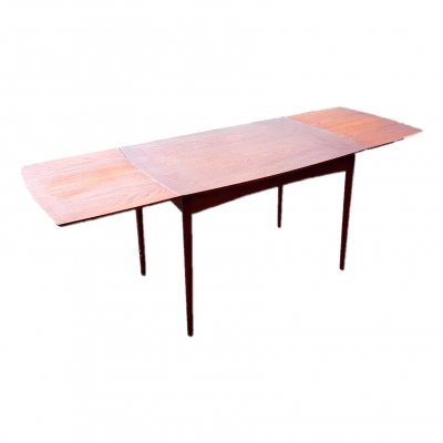 Extendable (130-235cm) teak dining table, Denmark 1960s