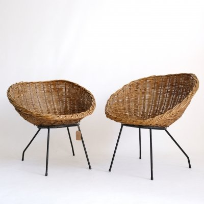Mid century wicker chair on a tubular structure, 1960s