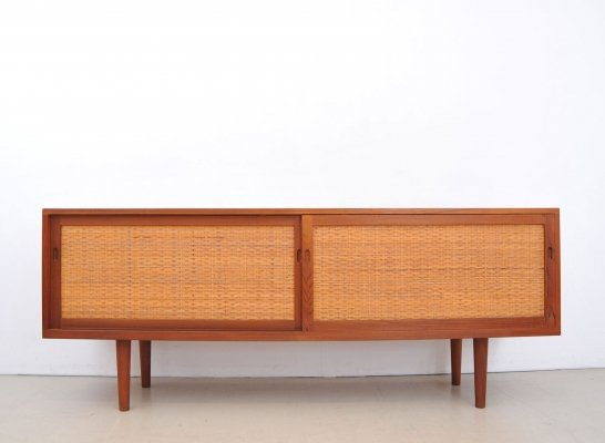 AT26 (RY26) sideboard by Hans Wegner for Ry Møbler, 1960s
