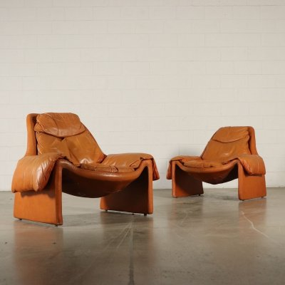 Pair of P. 60 arm chairs by Vittorio Introini for Saporiti, 1980s