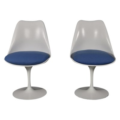 Set of 2 Tulip chairs by Eero Saarinen for Knoll, 1950s