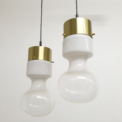 Pair of Rare Raak Amsterdam Weather balloon 'Model B-1062' Hanging Lamps, 1970's