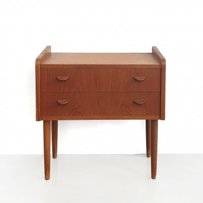 Teak danish chest of drawers / bedside table