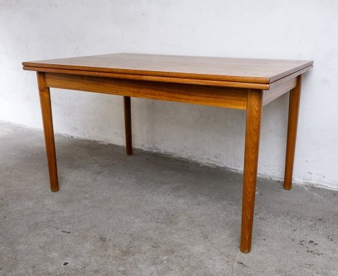 Extendable Mid Century Teak Dining Table