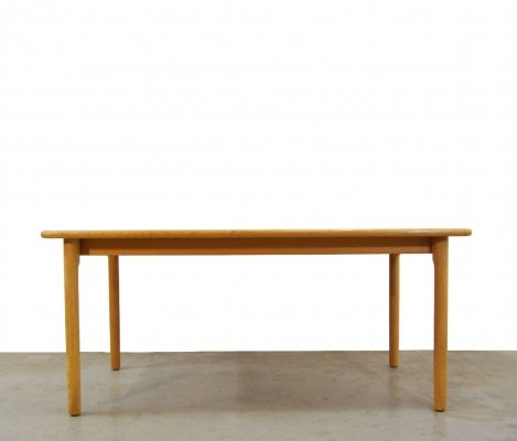 Heavy solid oak wooden dining table by Kurt Østervig for KP Møbler, Denmark