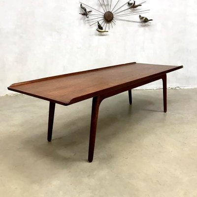 Vintage design coffee table by Aksel Bender Madsen for Bovenkamp