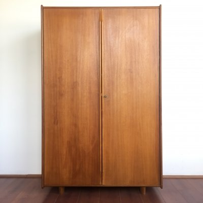 Oak series Cabinet by Cees Braakman for Pastoe with original custom made interior