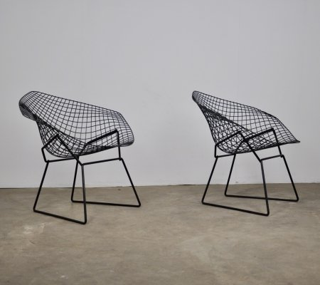 Pair of Diamond arm chairs by Harry Bertoia for Knoll International, 1970s