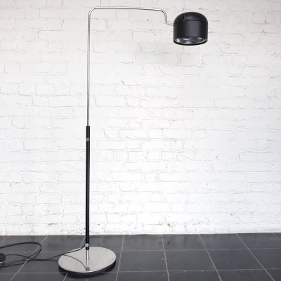 Minimalistic floor lamp by Staff Leuchten