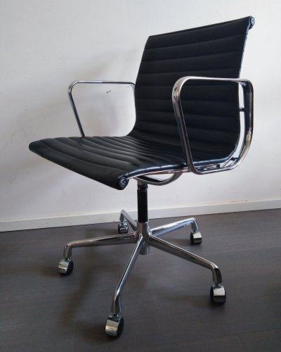 2 x Model 108 office chair by Charles & Ray Eames for ICF Italy, 1980s