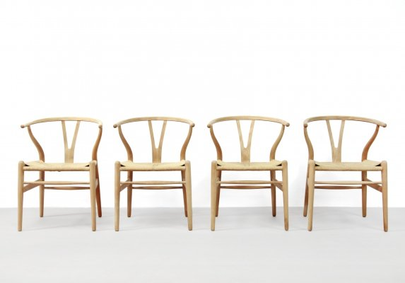 Set of 4 CH24 Wishbone dining chairs by Hans Wegner for Carl Hansen & Son, 1960s