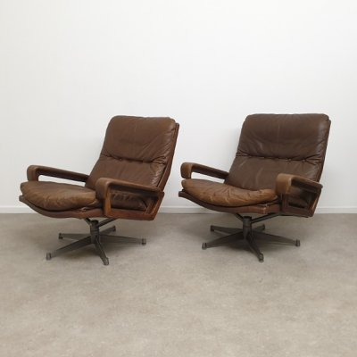 Vintage Pair of King Lounge Chairs by André Vandenbeuck, 1960s