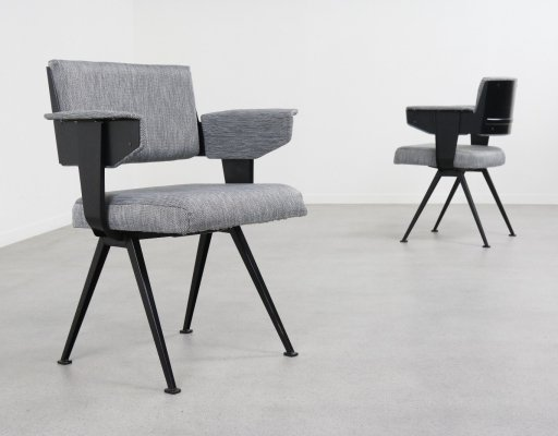 Pair of Resort dining chairs by Friso Kramer for Ahrend de Cirkel, 1960s