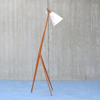 'Giraffe' floorlamp by Uno & Osten Kristiansson for Luxus, 1960s