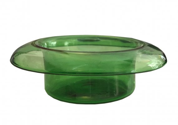 Large vintage Murano Green glass top hat shaped vase, 1970's