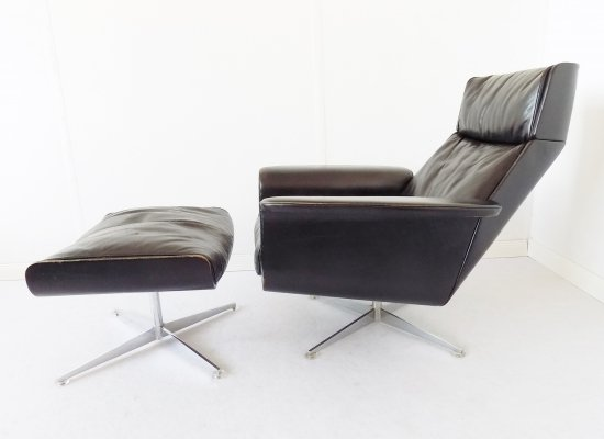 Kaufeld Siesta 62 lounge chair with ottoman by Jacques Brule