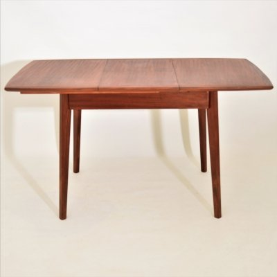 Small (4 to 6 seats) dining table, 1960s