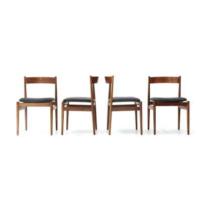 Set of 4 midcentury '101' wooden dining chairs by Gianfranco Frattini for Cassina