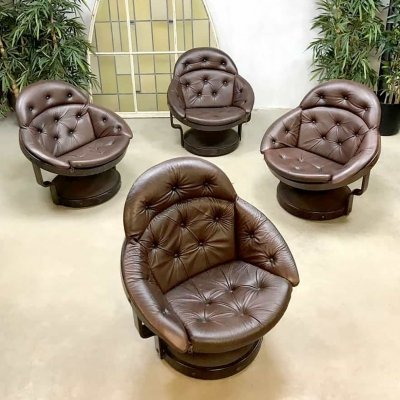 Set of 4 unique leather Space Age vintage lounge chairs