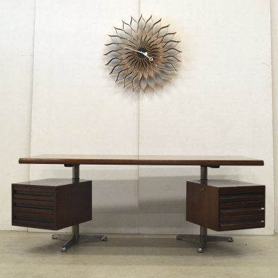 T95 writing desk by Osvaldo Borsani for Tecno, 1950s