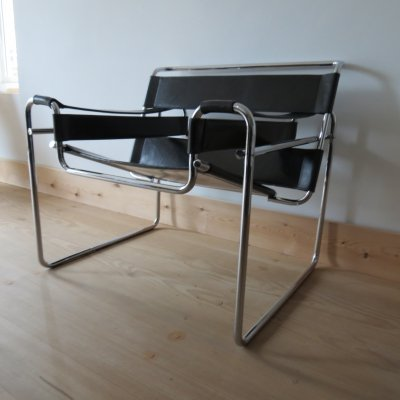 1980s Wassily B3 leather & chrome chair by Marcel Breuer for Knoll