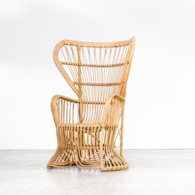 Mid century peacock chair in rattan by Rohé Noordwolde