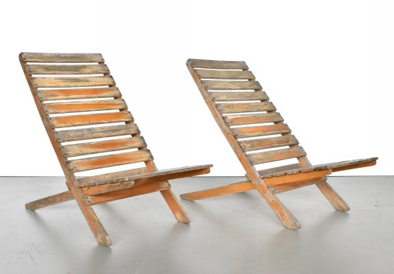 Set of 2 modernist 1950s French deck chairs