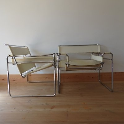 Ivory White Vintage Wassily B3 chairs by Marcel Breuer for Gavina, Italy 1960s