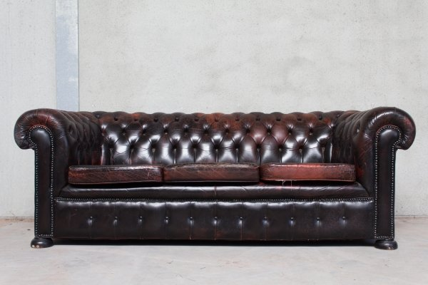 Black & Red Patinated Chesterfield Sofa