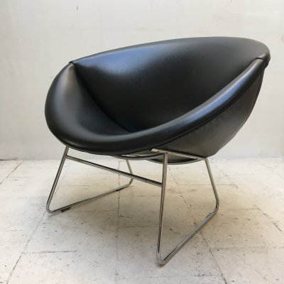 Vintage black lounge chair by Rohé