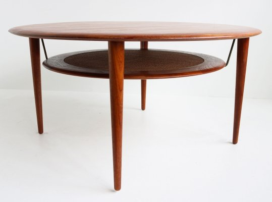 Round Teak coffee table Model 515 by Peter Hvidt & Orla Molgaard Nielsen, 1950